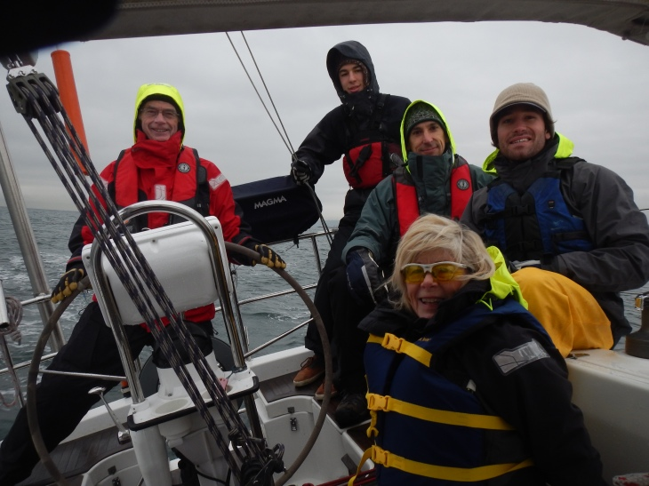 Silver Girl crew to Bell St. Marina