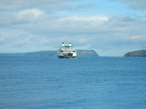 Clinton ferry approaching Mukilteo